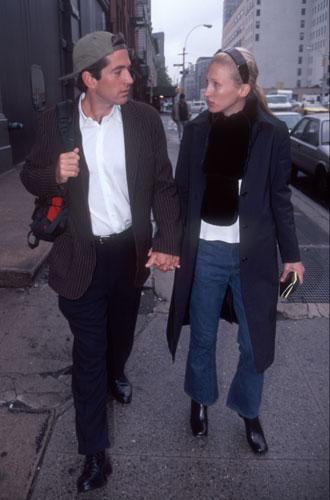 Фото №9 - Самые стильные звездные пары 90-х