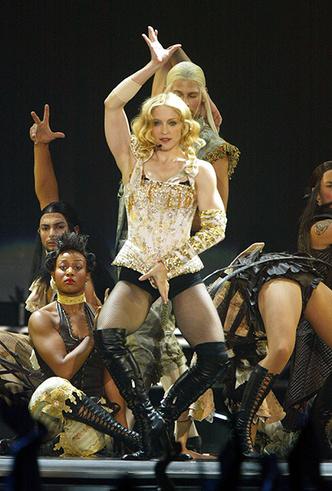 Фото №13 - Икона стиля, феминизма и музыки: как Мадонна стала главным инфлюенсером столетия