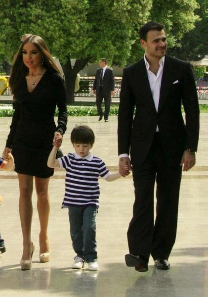 """Фото №2 - «Папа сказал: """"Ну и дурак!""""»: Эмин Агаларов впервые рассказал о причинах своих разводов"""