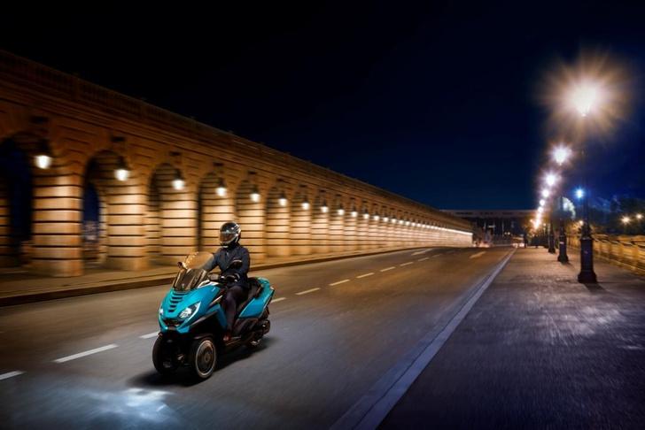 Фото №3 - Peugeot Motocycles в России. Скутеры класса премиум и большие планы