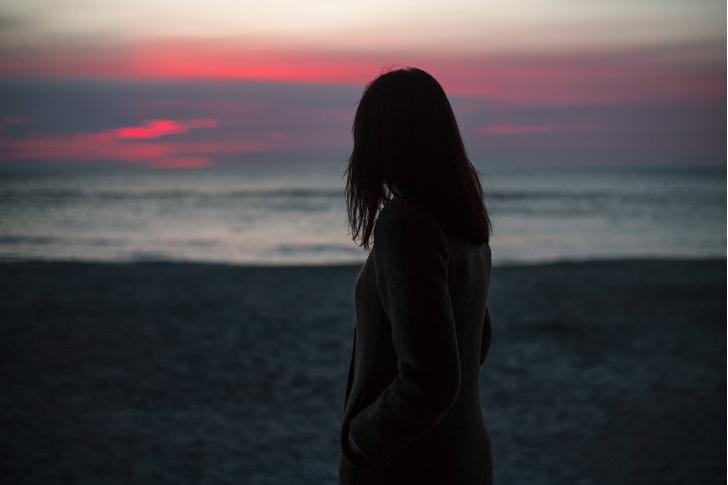 Фото №1 - Ученые взялись за разработку таблетки от одиночества