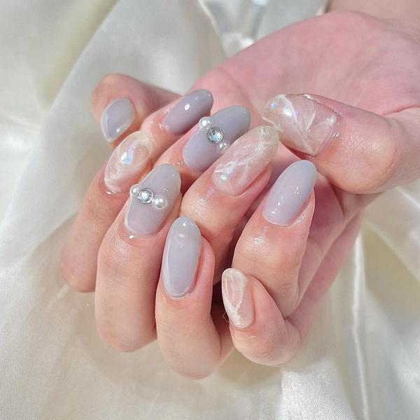 Фото №5 - Северное сияние на ногтях: трендовый маникюр из Инстаграма
