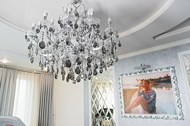 Фото №4 - Анна Семенович: «Когда выйду замуж, квартиру оставлю детям»