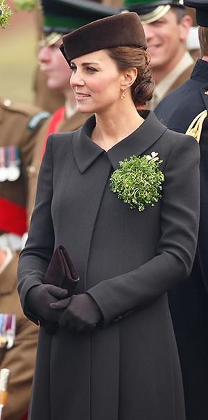 Фото №23 - В модном положении: две беременности герцогини Кембриджской (сравним?)