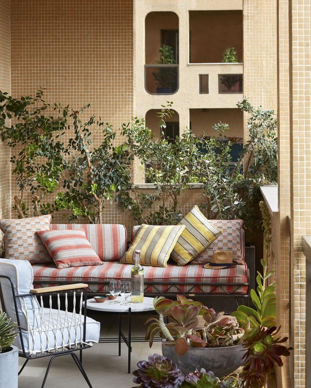 Фото №12 - Да будет цвет: 10 идей декорирования террасы