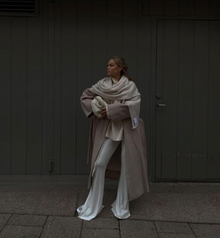 Фото №1 - Инфлюенсер Ханна Шонберг показывает, как создать многослойный образ для холодной зимы