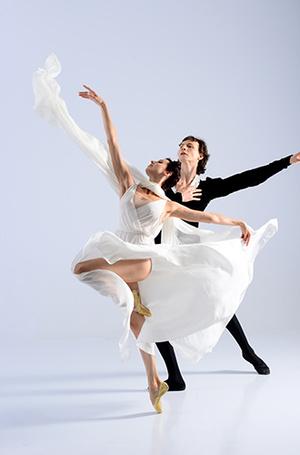 Фото №3 - «Балерины не едят пирожных» и другие мифы о балете глазами фотографа