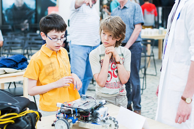Фото №1 - «Пусть меня научат!»: лучшие практические занятия для школьников