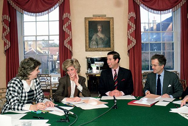 Фото №4 - Королевское общежитие: кто-кто в Кенсингтоне живет?