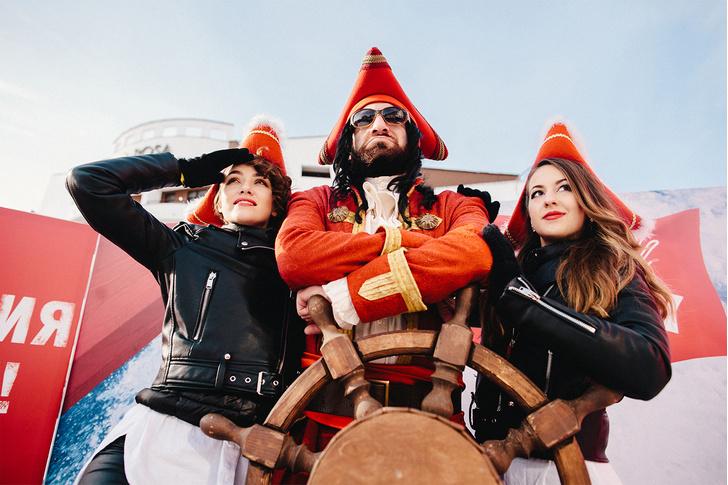 Фото №1 - #Свайпай_с_капитаном: лучшие коктейли и лайфхаки на новой онлайн платформе!