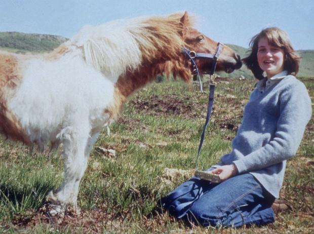 Фото №4 - Проблемы с учебой и общением: какой принцесса Диана была в школе