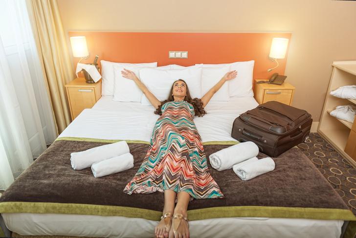 Фото №1 - Эксперты раскрыли секреты выгодного бронирования номеров в отелях