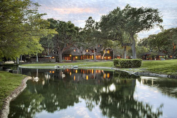 Фото №1 - Ранчо Neverland Майкла Джексона продано за 22 млн долларов