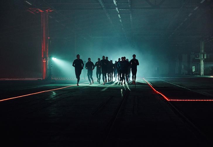 Фото №1 - В ногах правда есть. Как научиться бегать и полюбить это дело с помощью умных кроссовок