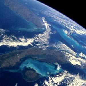 Фото №1 - Озоновые дыры начинают сокращаться