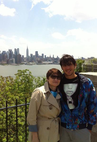 Максим Траньков и его мама