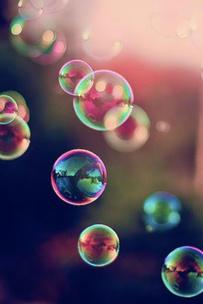 Фото №2 - Тест: Лопни мыльный пузырь, и мы опишем твое будущее в эмодзи