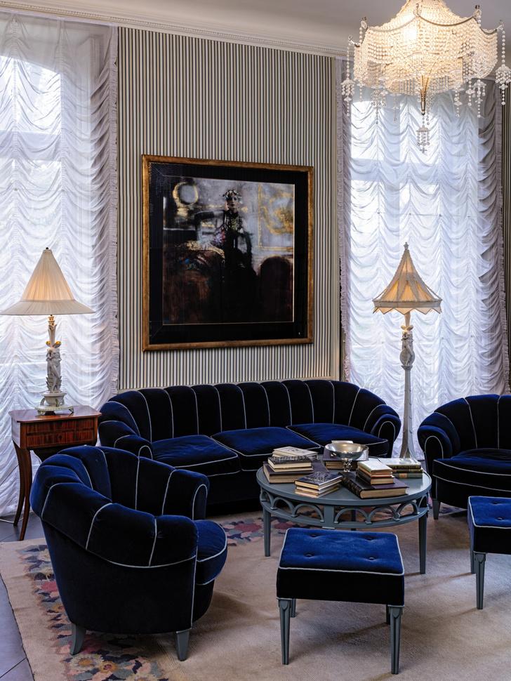 Фото №2 - Sotheby's выставит на продажу вещи Карла Лагерфельда