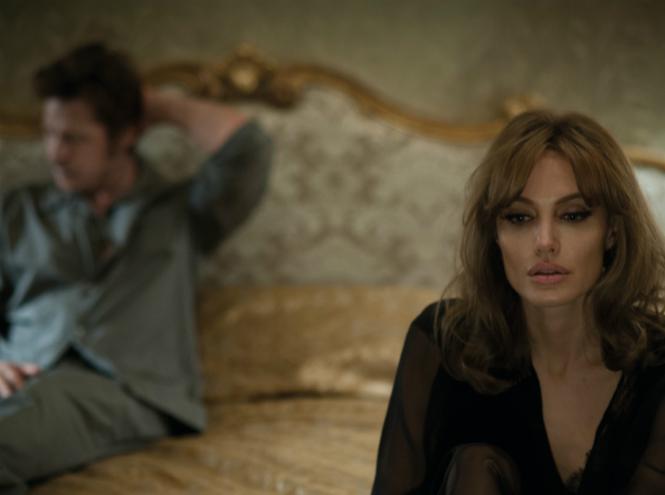 Фото №2 - Анджелина Джоли: Фильм «У моря» помог укрепить наши отношения