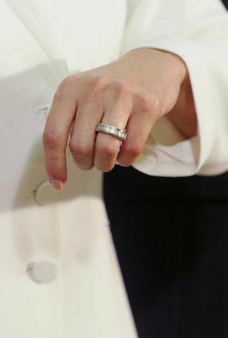 Фото №2 - Сокровище Мадрида: сколько стоит помолвочное кольцо королевы Летиции