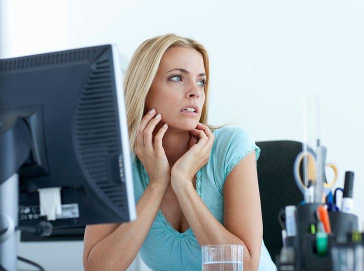 Фото №1 - Как наладить отношения на работе, если вы интроверт