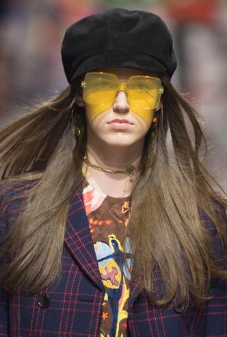 Фото №11 - 5 трендов из 60-х, которые возвращаются в коллекции Dior FW18-19