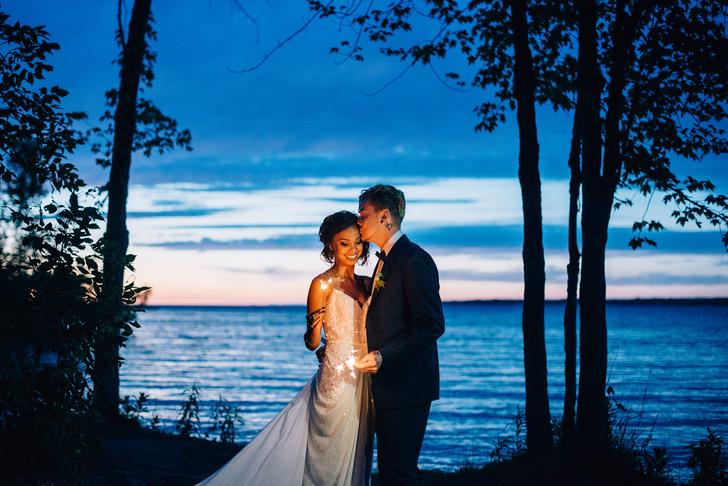 Фото №1 - Уронить кольцо – к измене: полное собрание свадебных примет