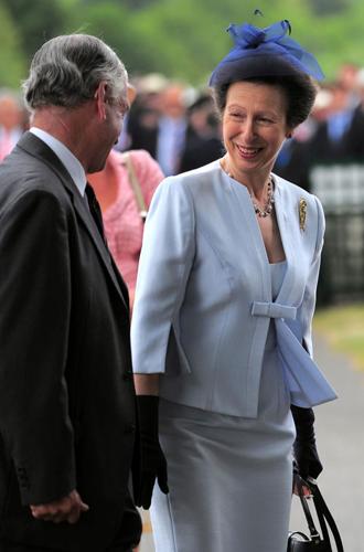 Фото №14 - Запрет на телефоны и особый дресс-код: что нужно знать о Королевской регате в Хенли
