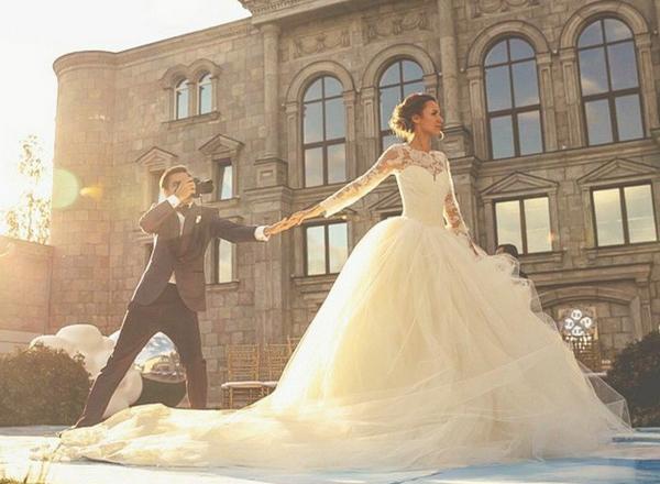 Фото №11 - #FollowMeTo: создатели проекта Мурад Османн и Наталья Захарова поженились