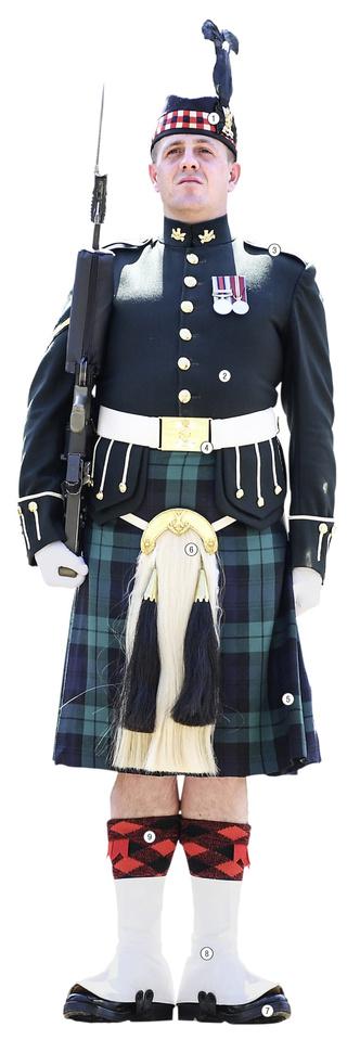 Фото №1 - Детали костюма: адские леди, Шотландия
