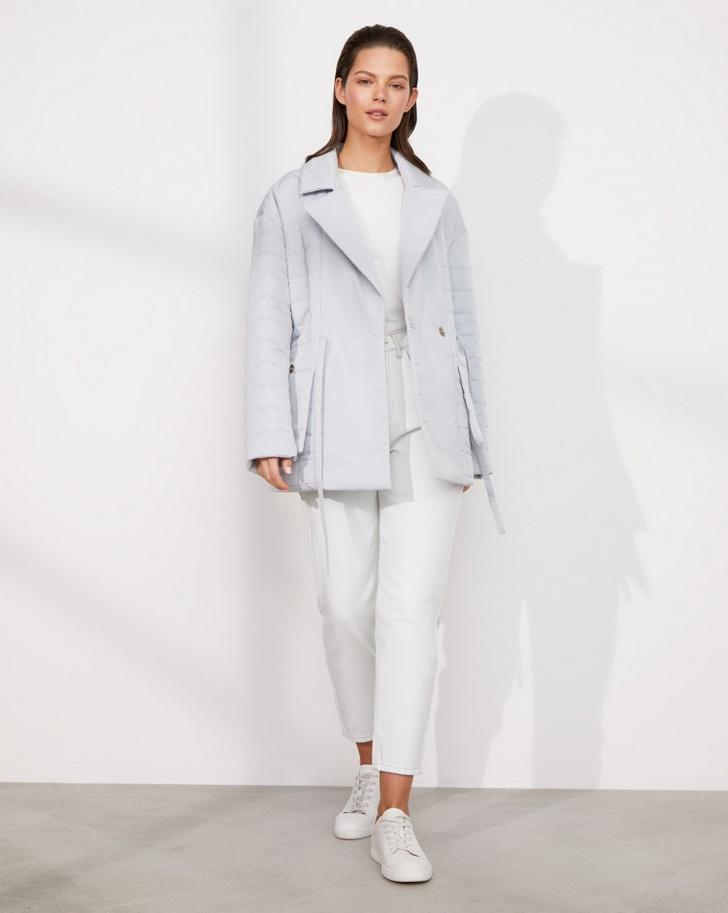 Фото №6 - У каких российских брендов искать классную стеганую куртку, как у Айрис Лоу?