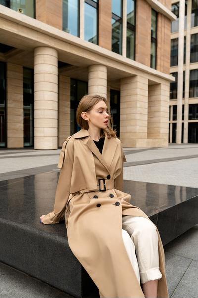 Фото №1 - Верхняя одежда 2021: гид по трендам на весь год