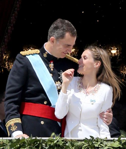 Фото №1 - Стиль звезд: принцесса Испании Летиция на коронации