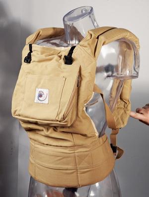 Фото №2 - Ребенок в рюкзаке