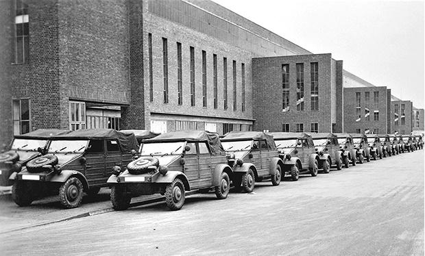 Фото №4 - Что известные автомобильные бренды выпускали во время Второй мировой