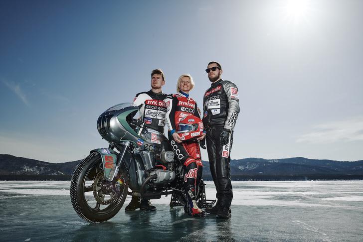 Фото №3 - Мороз и солнце: необычные соревнования на льду, о которых вы могли не знать