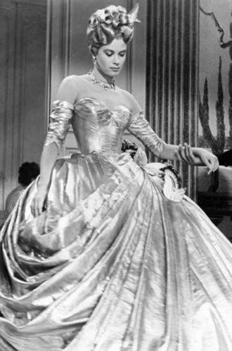 Фото №6 - Как на свадьбе принцессы Евгении проявился «эффект Грейс Келли»