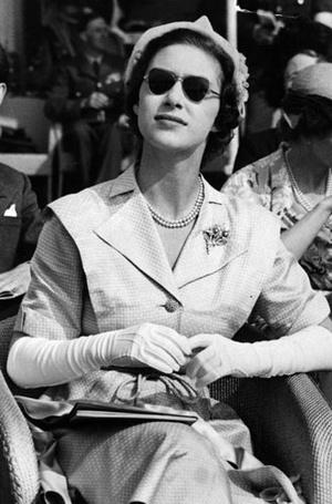 Фото №9 - Стиль принцессы Маргарет: главные модные уроки от сестры Елизаветы II