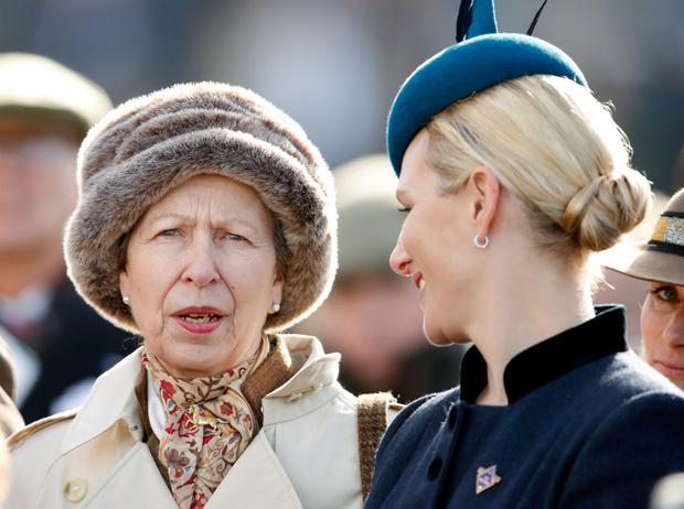 Фото №1 - Корона против свободы: вся правда об отношениях принцессы Анны и Зары Тиндолл