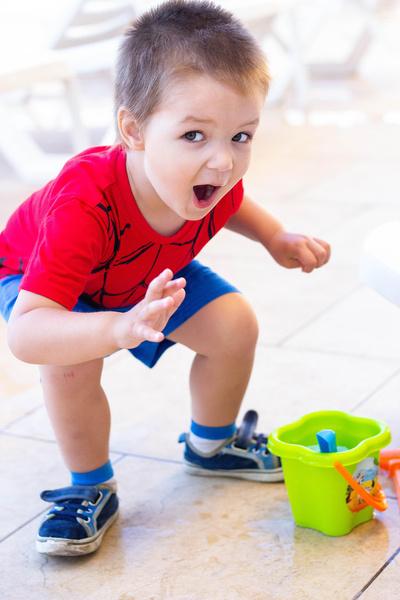 Фото №2 - Мой крошка-озорник: голосуем за самое милое детское фото!