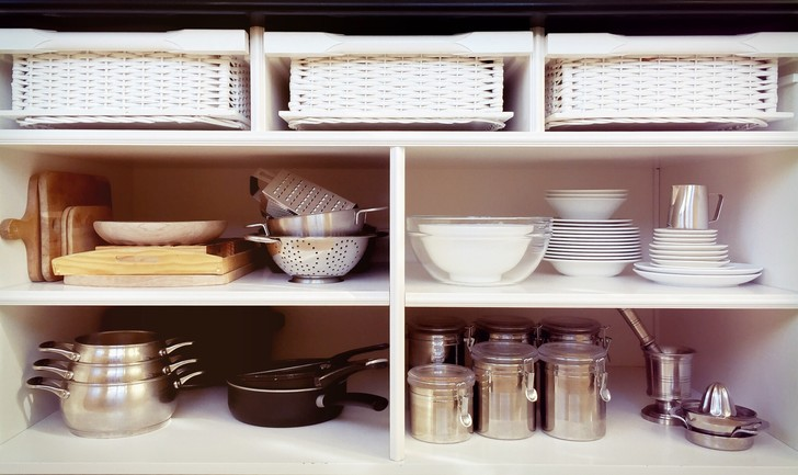 Фото №5 - Как навести порядок на кухне раз и навсегда: лайфхаки, которые работают