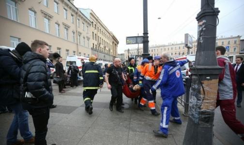 Фото №1 - Все тяжело пострадавшие при взрыве в метро госпитализированы