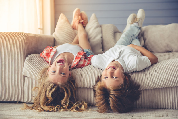 Как правильно воспитать разнополых детей