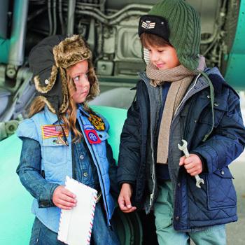 Фото №1 - Праздник для ребят в честь 23 февраля от «Счастливых родителей»