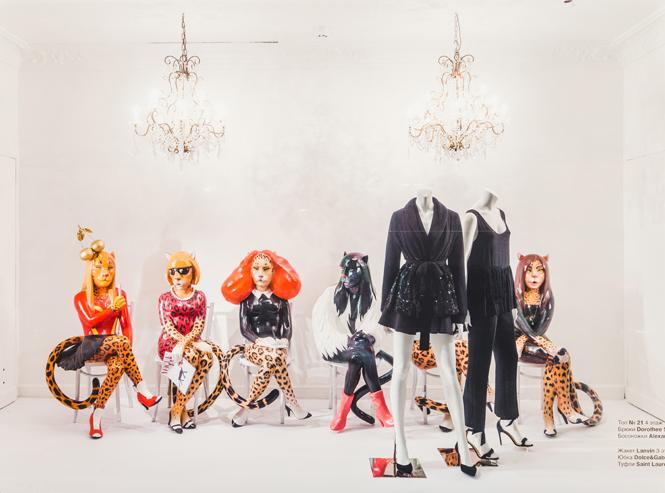 Фото №14 - Леопардовый бум в осенних витринах ЦУМа