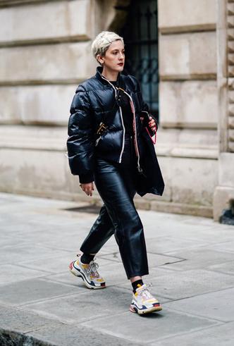 Фото №3 - Модно и тепло: где искать стильные кроссовки для зимы