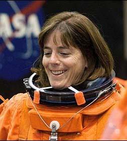 Фото №2 - Шаттл Endeavour полетел к МКС