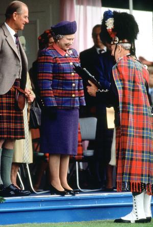 Фото №6 - Дресс-код королевских мужчин: как килты оказались в гардеробе Виндзоров