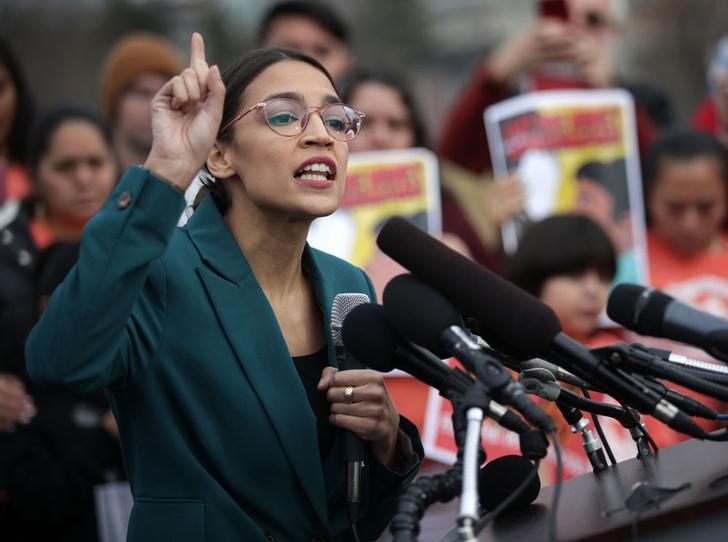 Фото №3 - The Squad: 4 женщины-политика, которых боится даже Дональд Трамп