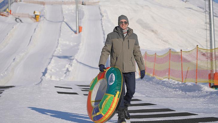 Фото №4 - Где покататься на ватрушках и коньках в Петербурге
